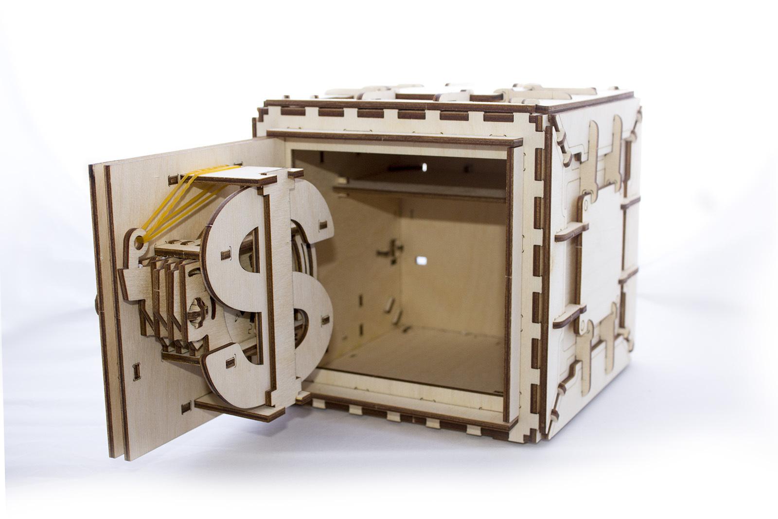 ugears safe tresor 3d holzpuzzle. Black Bedroom Furniture Sets. Home Design Ideas